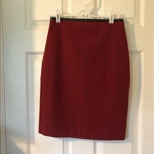 Express Red/Black Houndstooth Skirt